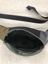 Load image into Gallery viewer, Beams x Arc'teryx Waistbag <br> one size
