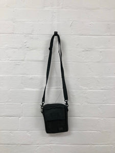 Porter Black small bag <Br> size os