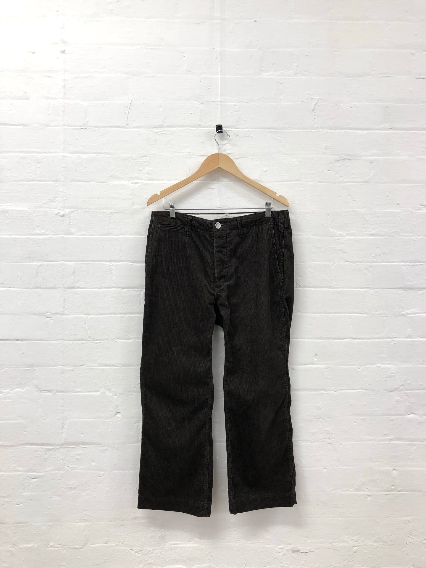 visvim brown corduroy pants <Br> size M