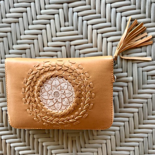 Mandala Zip Around - Tan