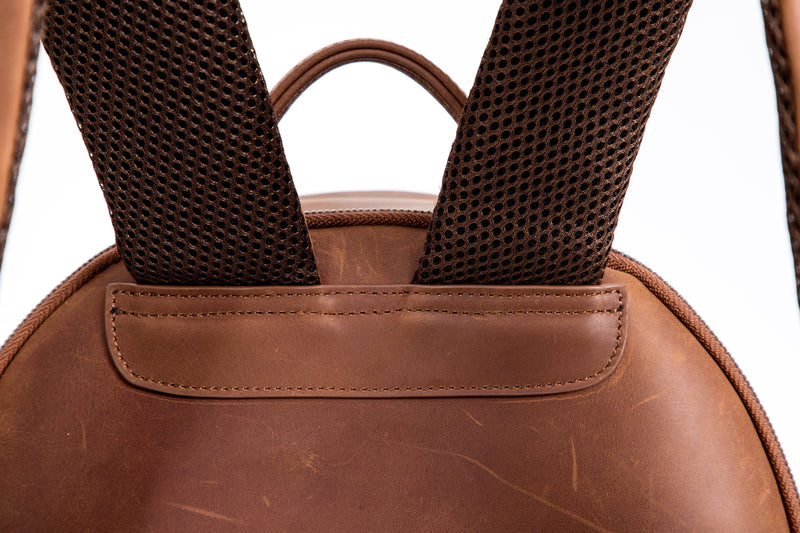 SOFTLI Leather Backpack - Cognac - Straps