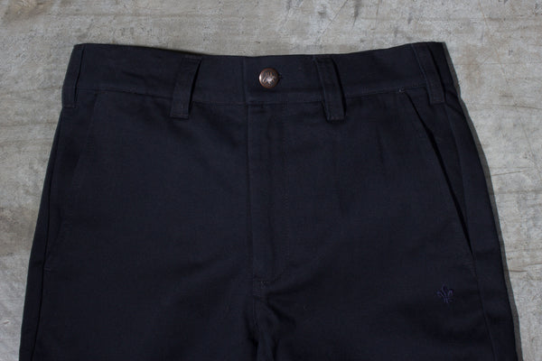 Men's black chino pants — Front — Waist Details