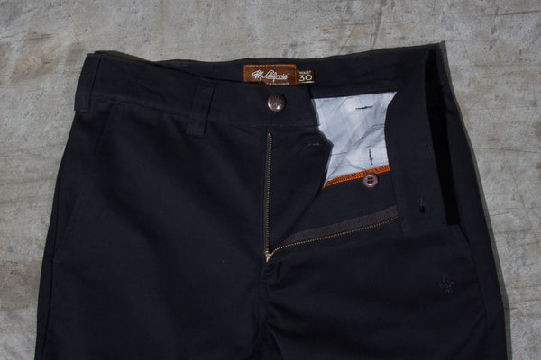 Men's black chino pants — Front — Fly Details