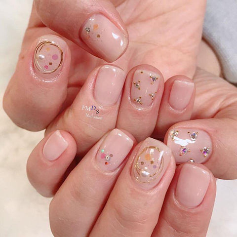 The Most Effortless Beauty Trends to Try in 2019 clear 3D nails