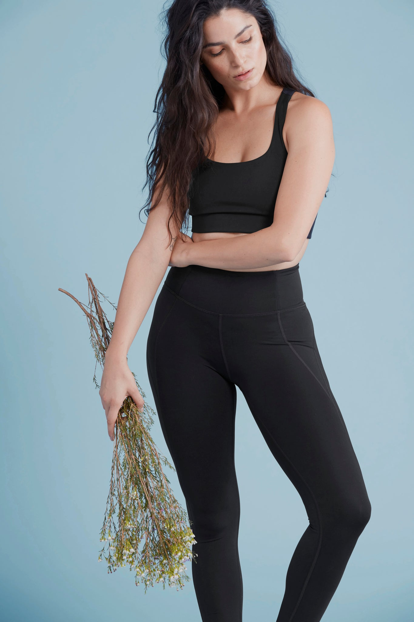 Eliana in Lite Legging