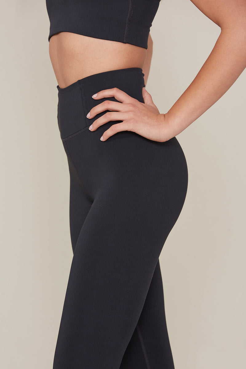 Black Seamless LITE High-Rise Legging
