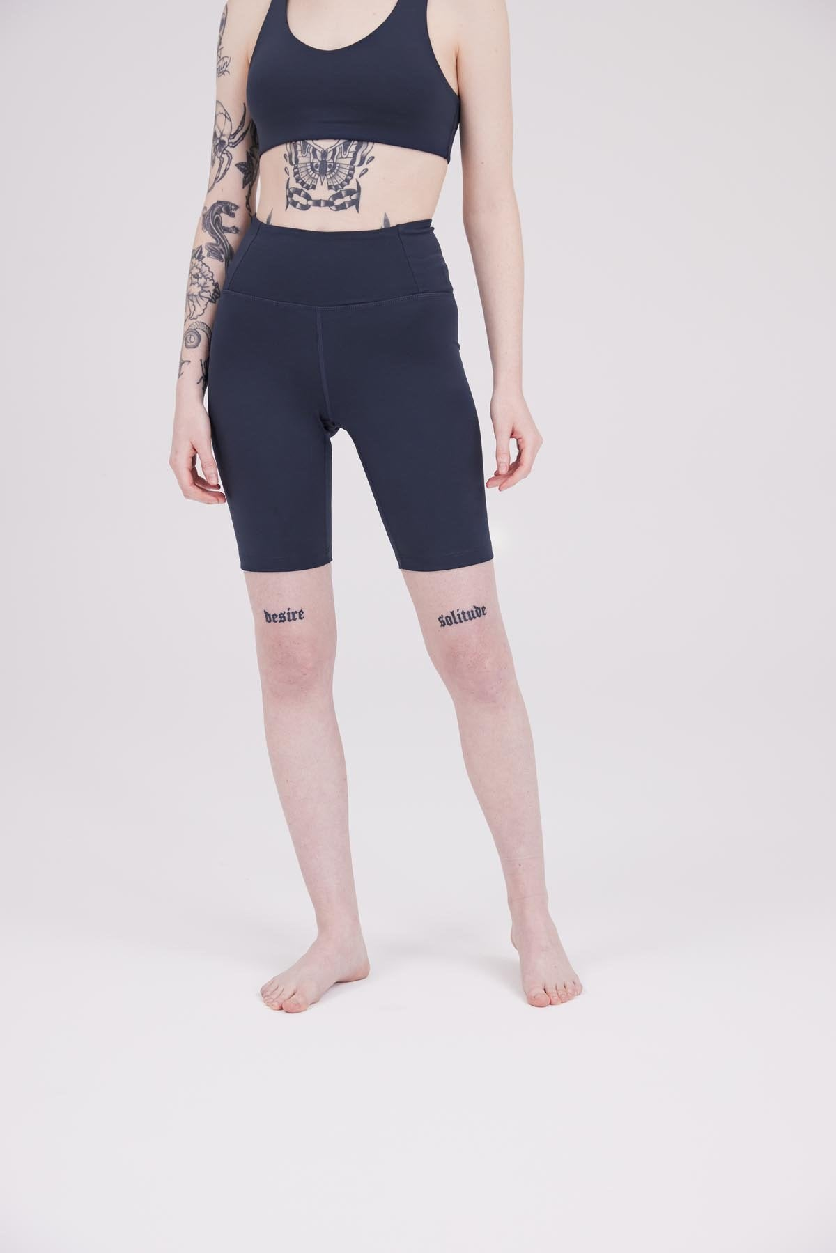 Midnight FLOAT High-Rise Bike Short
