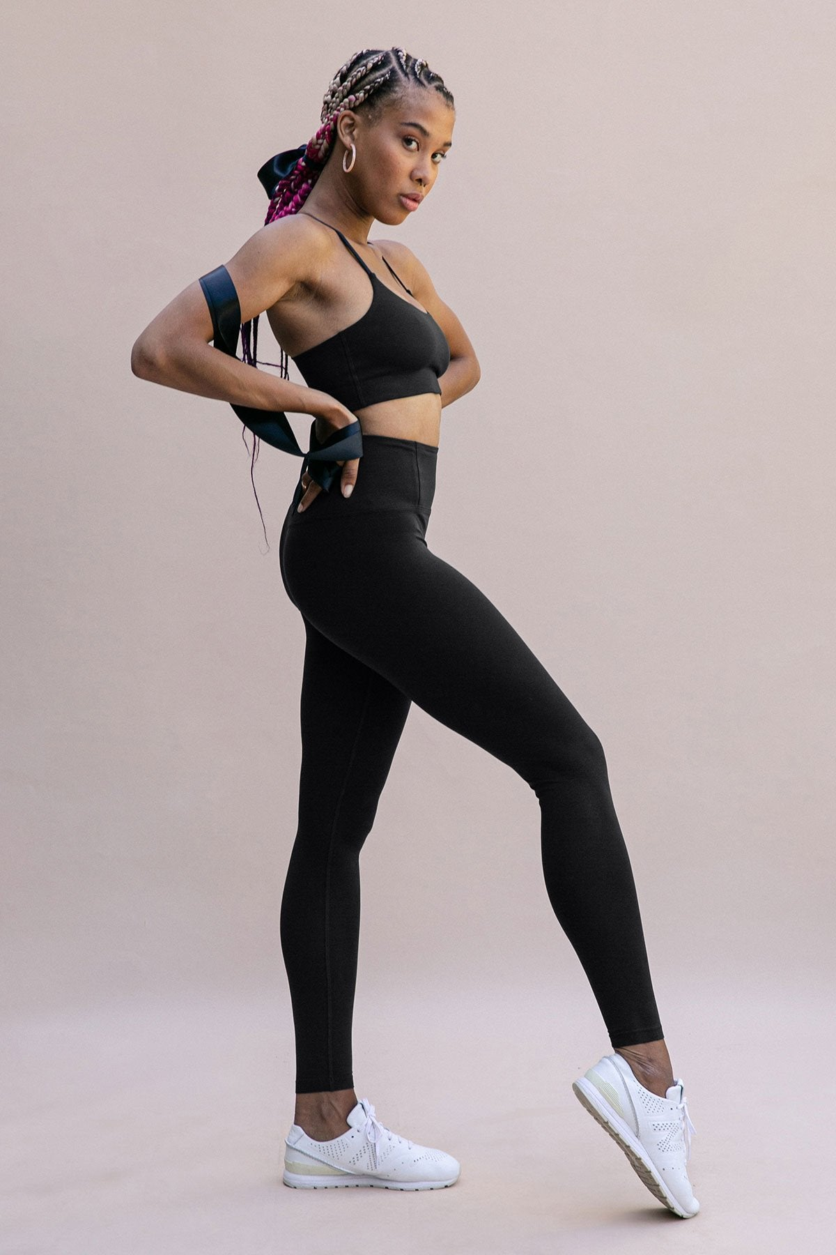 Black FLOAT Seamless High-Rise Legging Image