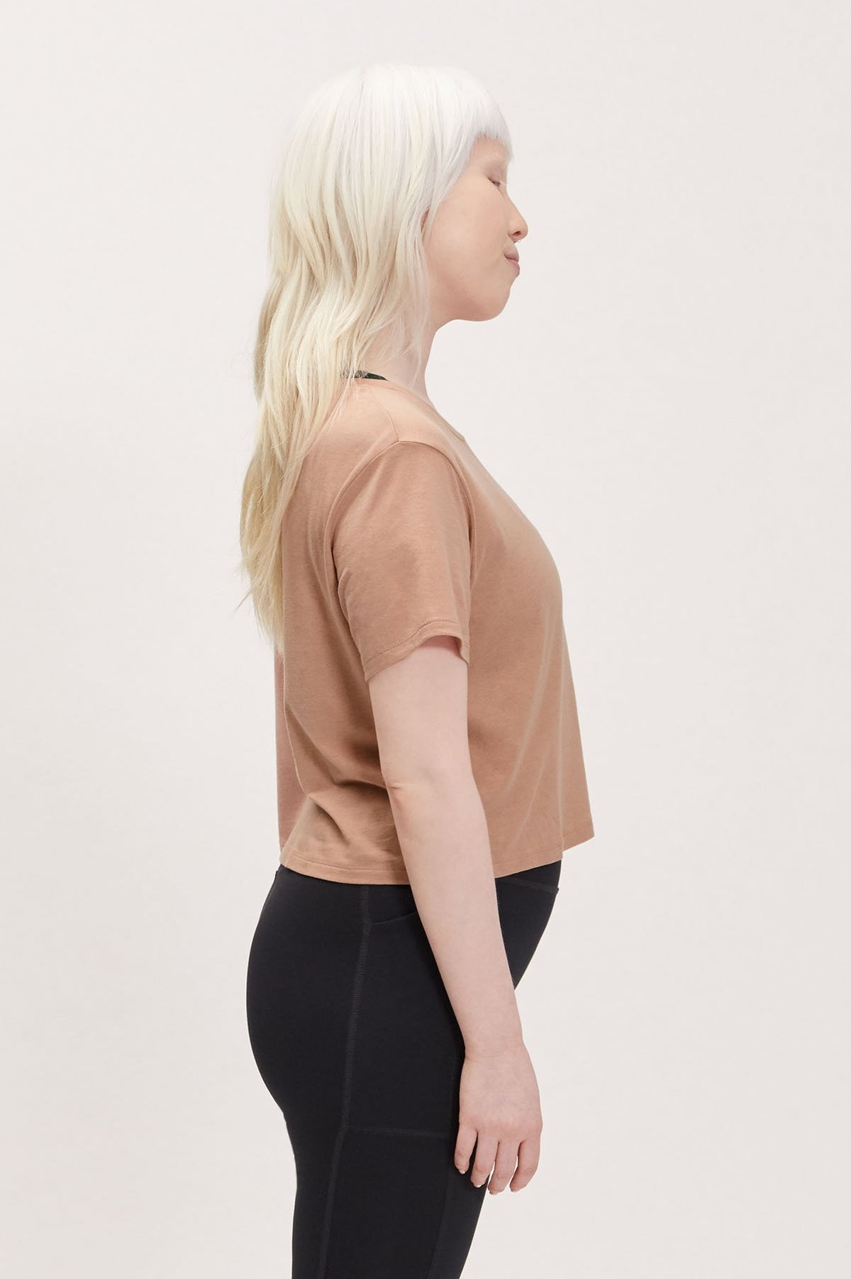 Oyster Gia Crop Tee