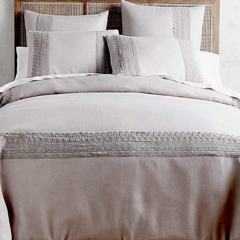 LACED DREAMS LINEN DUVET COVER IN GREY