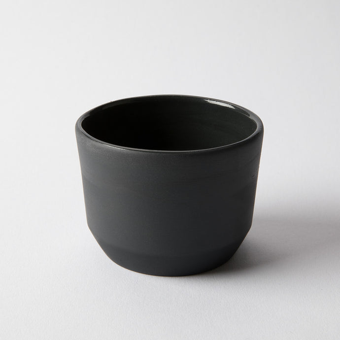 Cup Monzi all black