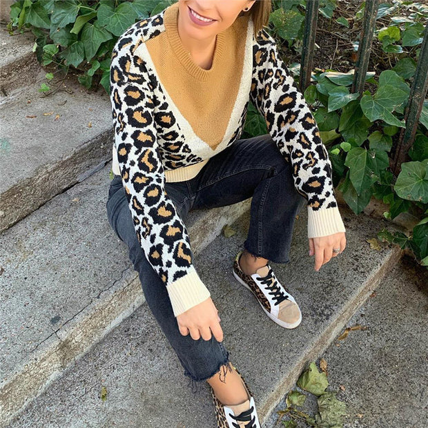 Fashion leopard stitching knit top