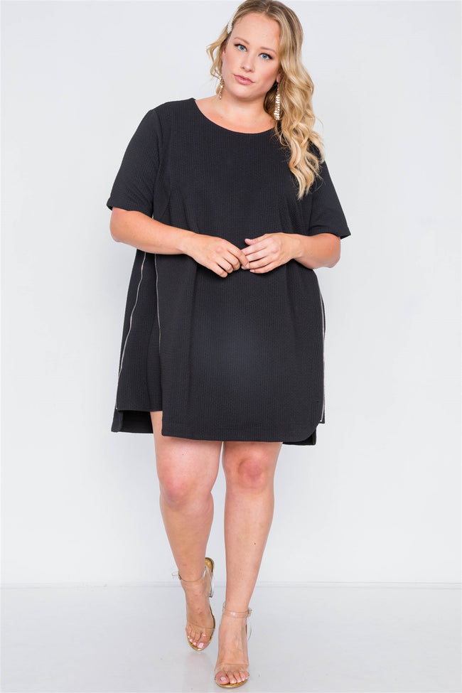 Plus Size Black Textured Short Sleeve Dress