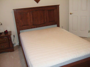 Queen-Size Valencia Bed in Pecan Oak
