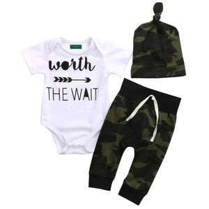 Camouflage 3-piece Long Sleeves Letter Bodysuit  Pants and Hat for Baby Boy