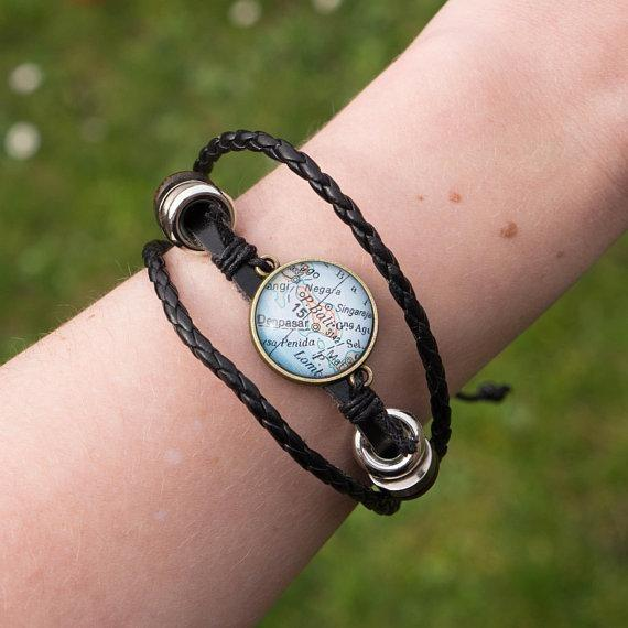 Gepersonaliseerde Reisarmband Met Kaart - Needs To Travel