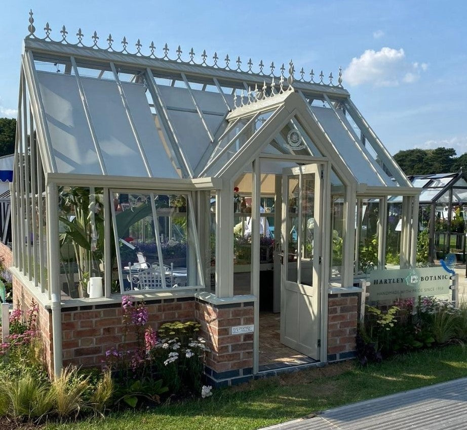 Victorian Terrace Glasshouse by Hartley Botanic