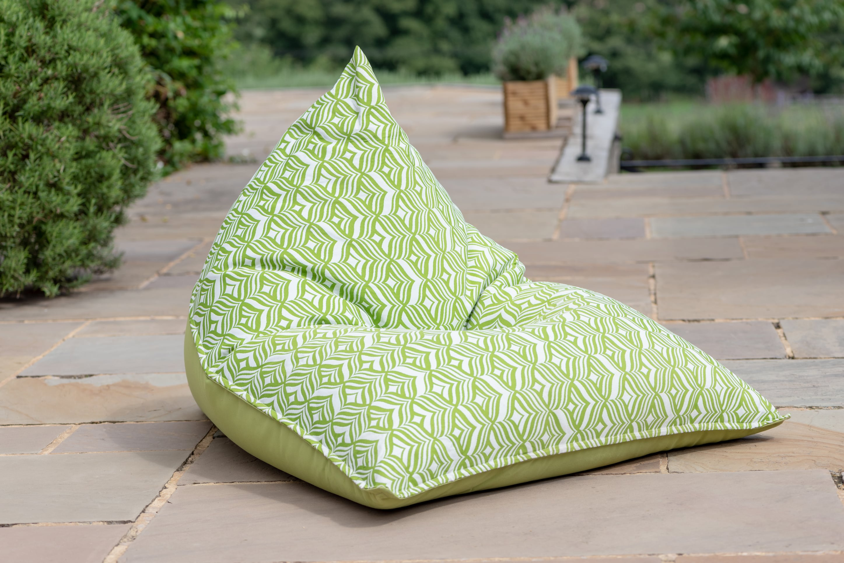 Armadillo Sun bean bag chair in green and white tulip design