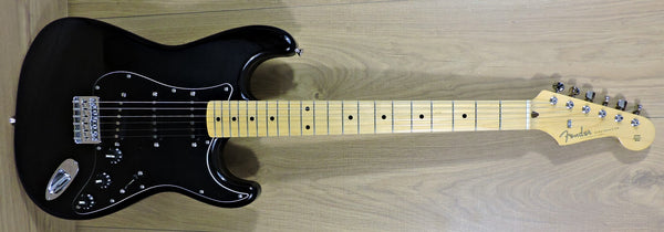 Fender FSR Limited Edition Hardtail Stratocaster Black