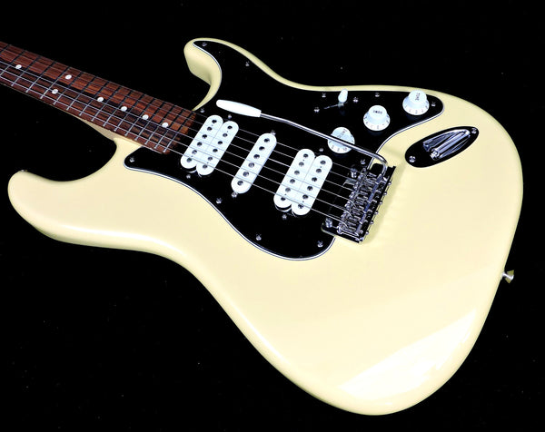 Fender Player Stratocaster HSH Buttercream Pau Ferro