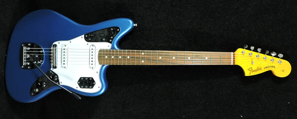 Fender Classic Series '60s Jaguar® Lacquer Lake Placid Blue