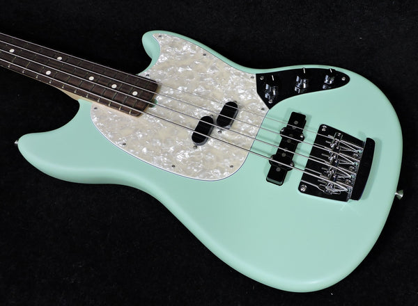 Fender American Performer Mustang Bass Satin Surf Green