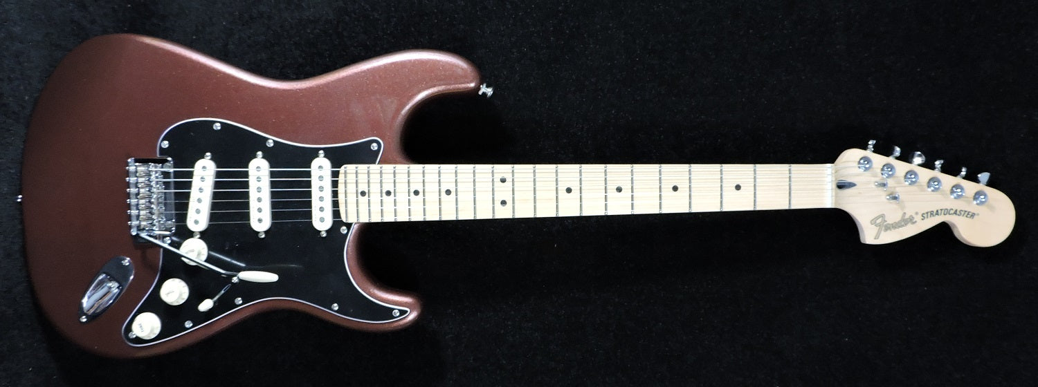 Fender Deluxe Roadhouse Stratocaster. Classic Copper