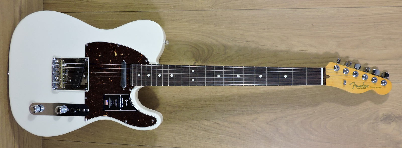 Fender American Professional II Telecaster, Olympic White, Rosewood Neck - IN STOCK NOW!