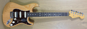 Fender American Ultra Stratocaster HSS Aged Natural