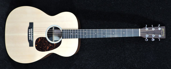 Martin 00X1AE Electro Acoustic Guitar