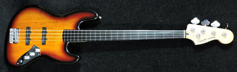 Squier Vintage Modified  Fretless Jazz Bass - Used