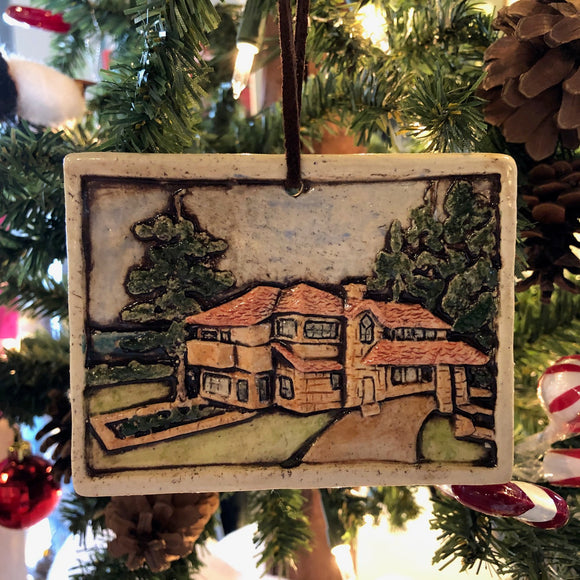 Graycliff Holiday Ornament Tile