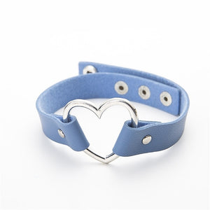 Leather Heart Studded Choke