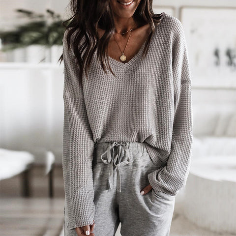 Loose V-Neck Long-Sleeved Top