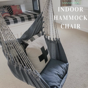 Clever hammock chair kids' reading nook decor idea!