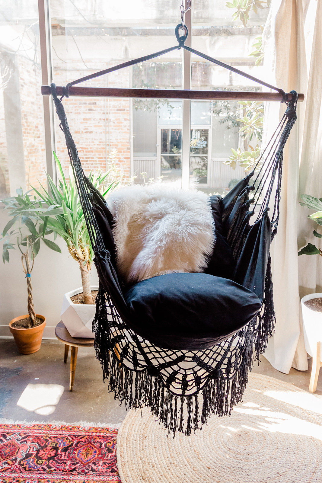NINA Black Crochet Hammock Chair + 2 Pillows Set