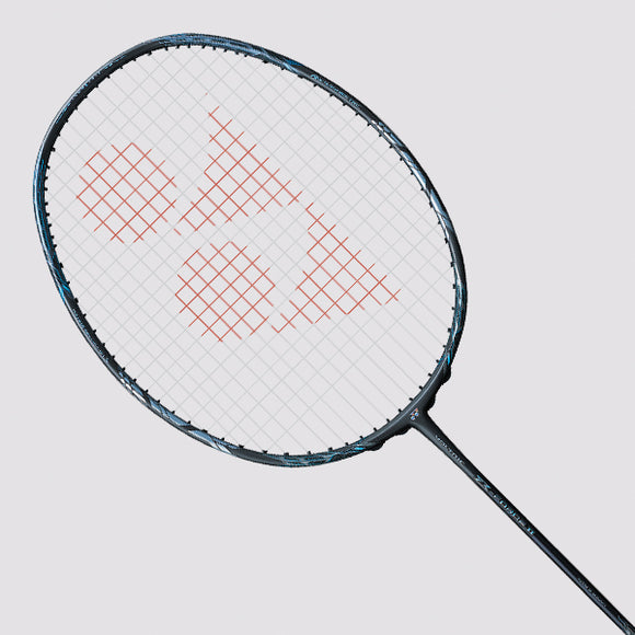 YONEX Voltric Z Force II (4U) - free string + free grip (pre-order 2 days)
