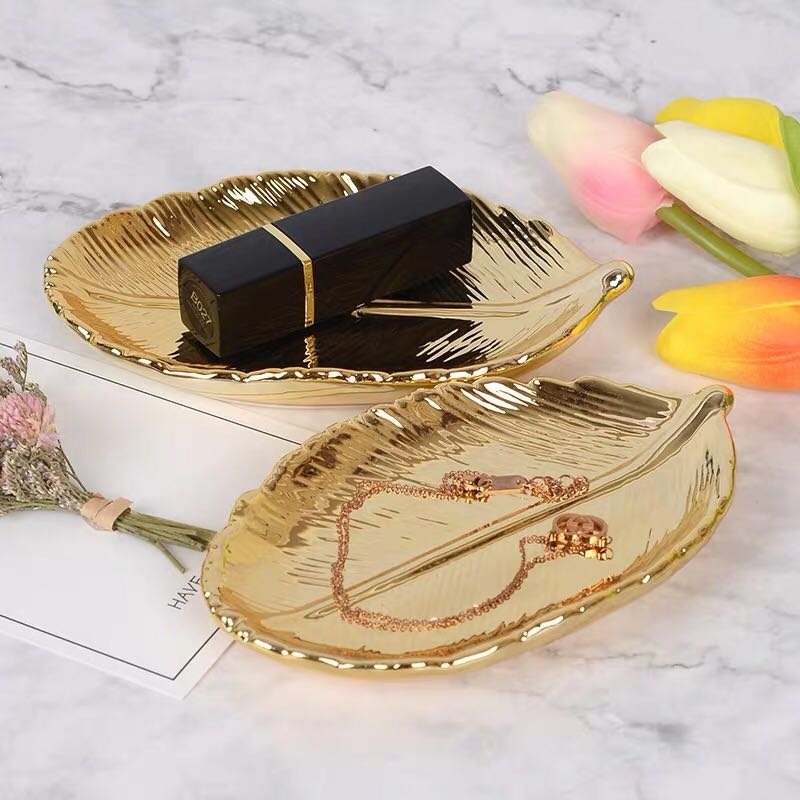 Gold Leaf Decoration Storage Ceramic Plate