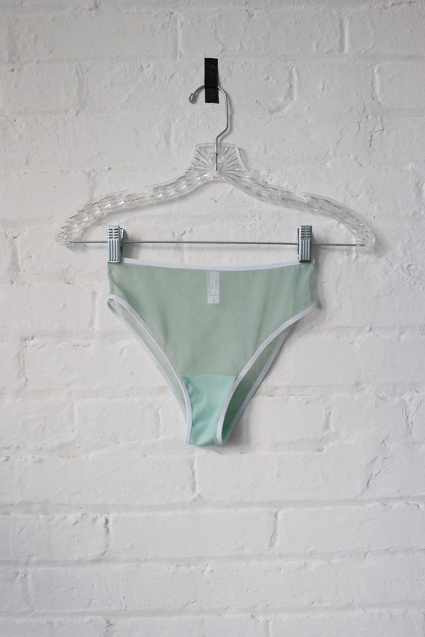 Kendi Brief in Mint