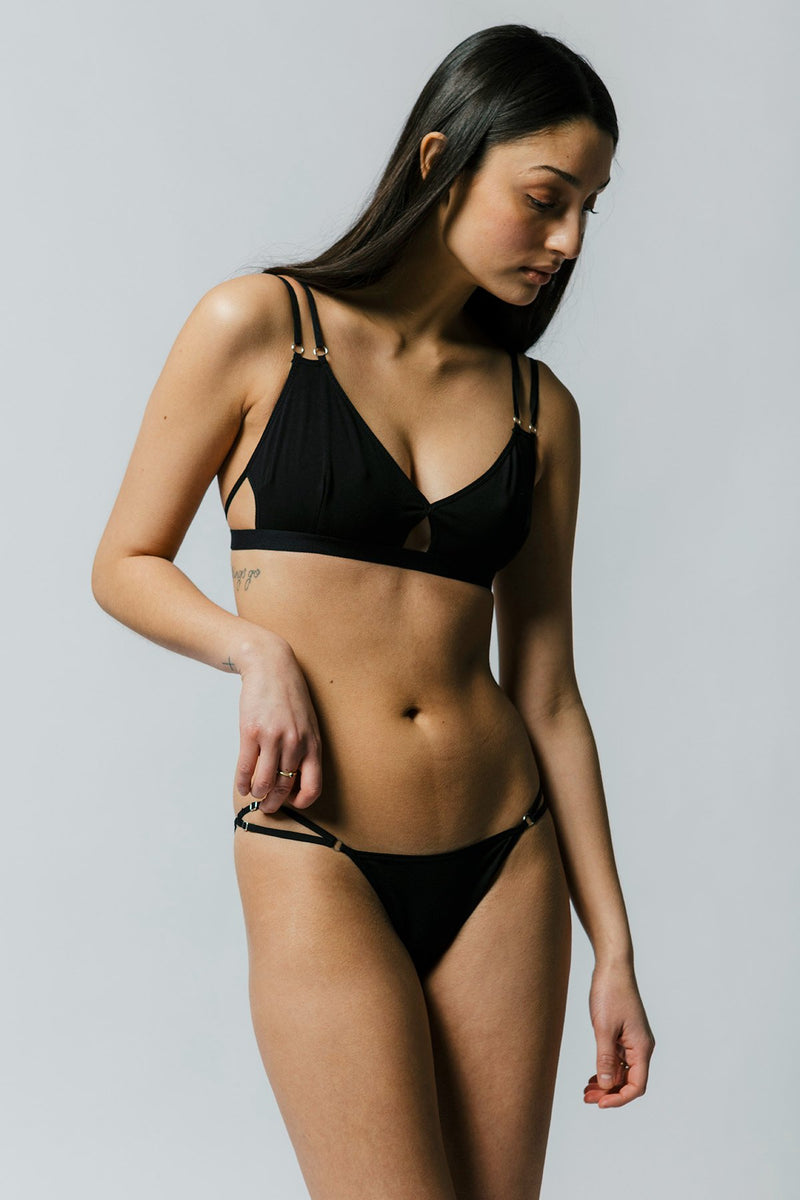 Hayes Hip Bikini in Black