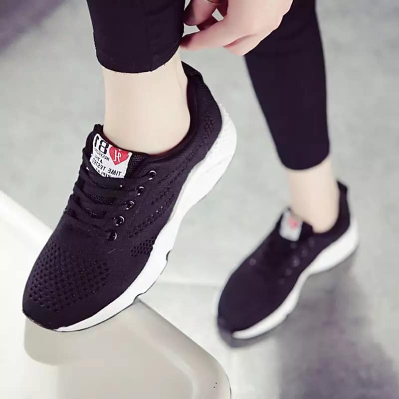 Eun-chae Flyknit Shoes