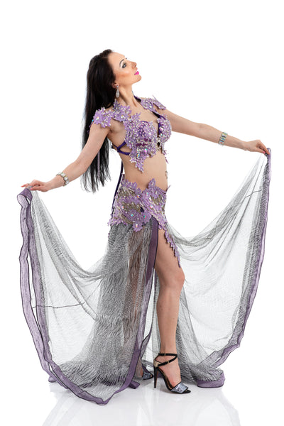 Wild Lavender. Exclusive Bellydance Costume. Lateral with open skirt