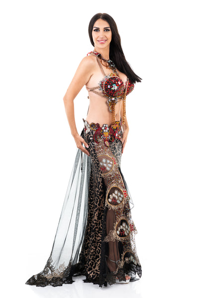 Wild Passion. Exclusive Bellydance Black/Gold Costume. Lateral