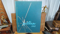 1962 BISHOP CONATY MEMORIAL HIGH SCHOOL Los Angeles CA YEARBOOK Annual Pallium