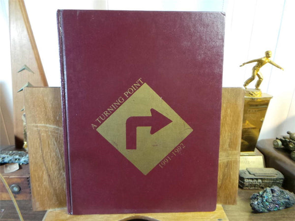 1992 VILSEK HIGH SCHOOL Bavaria Germany USAG Original YEARBOOK Annual The Talon