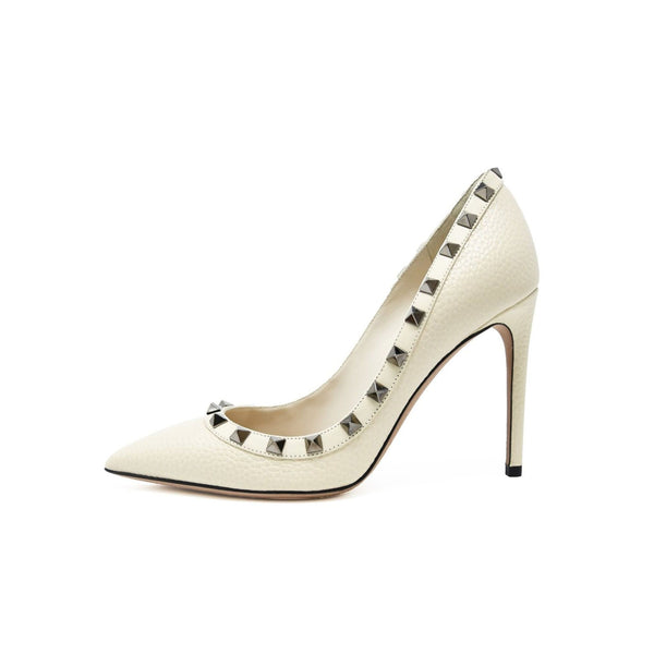 Valentino Rock Stud Off White Pebbled Leather Pumps