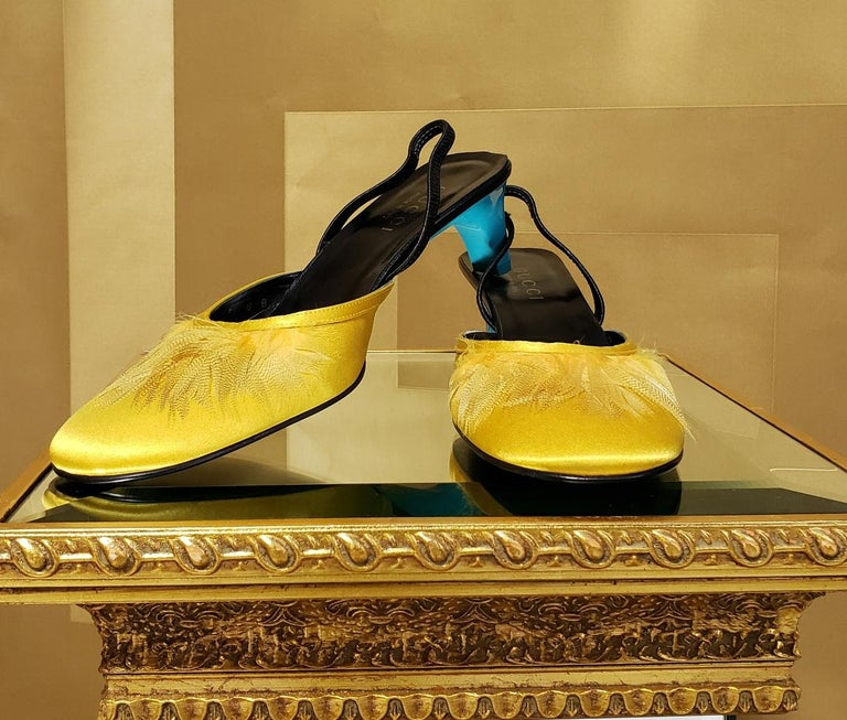 S/S 1999 VINTAGE TOM FORD for GUCCI YELLOW CREPE SATIN SHOES w/ FEATHERS 8
