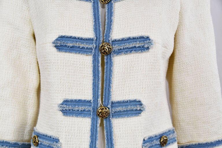 Chanel 2007 Timeless White Boucle Denim Trimmed Jacket