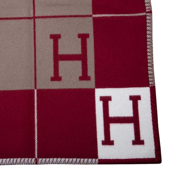 Hermes Blanket Avalon III Signature H Ecru and Rouge H Throw Blanket New w/Box