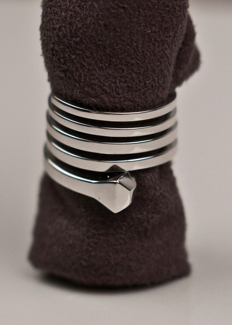 VINTAGE TOM FORD for GUCCI 18k WHITE GOLD WRAP RING